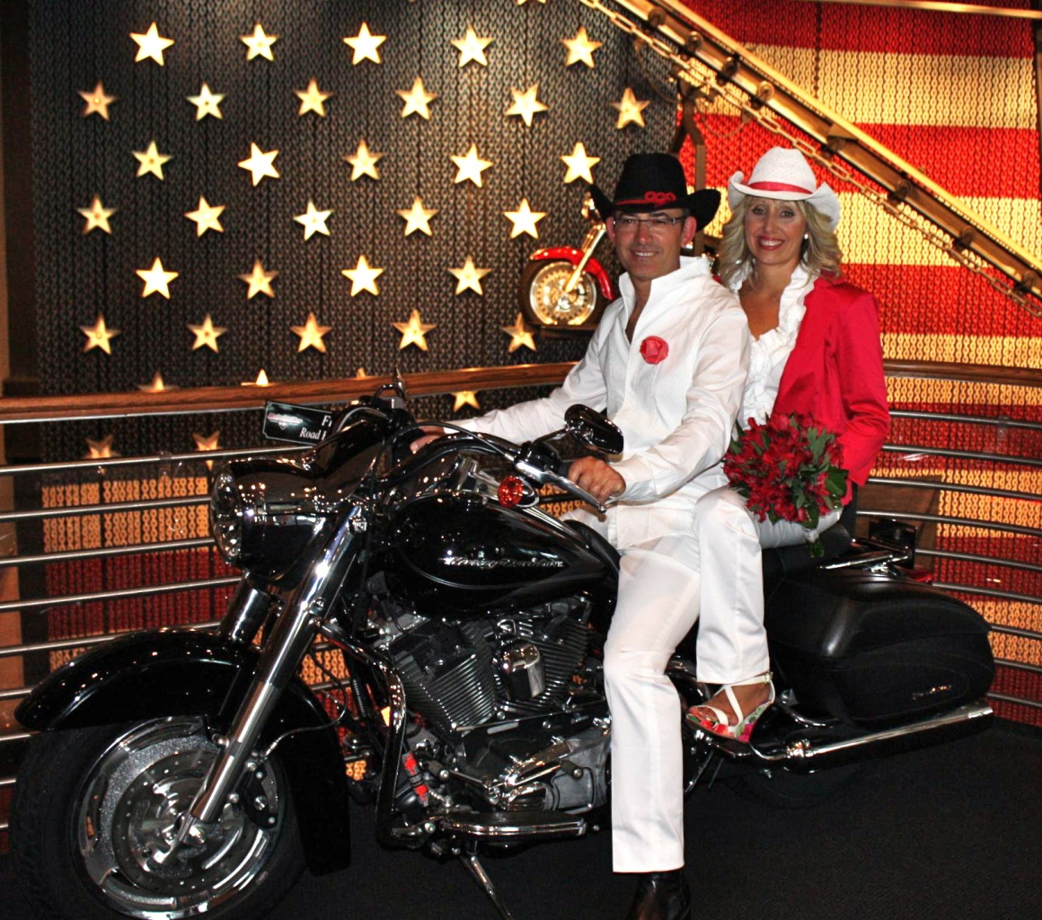WEDDING Harley Davidson Cafe