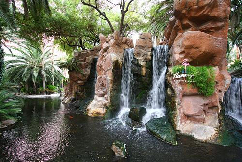 flamingo-waterfall2-500w.jpg
