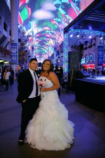 fremont-street-wedding-3.jpg