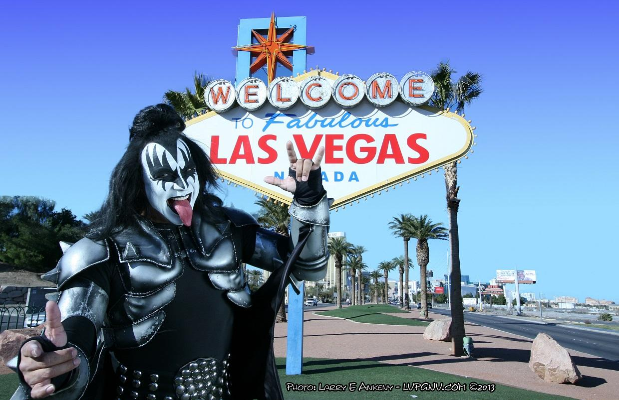 Gene simmons at sign