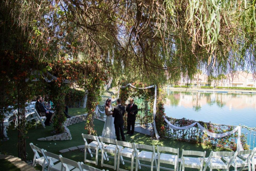 Lakeside heritage garden 1