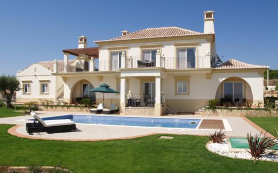 luxury-villas.jpg