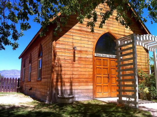 southwestern-chapel-donna-spadola.jpg